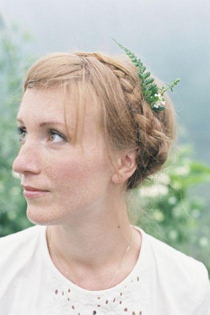 25 façons de porter des fleurs dans ses cheveux - 2