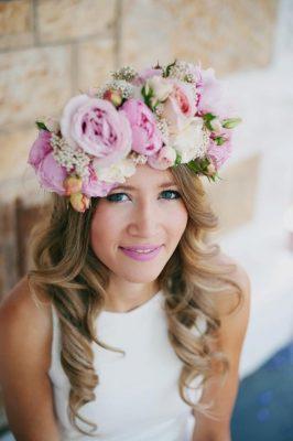 25 façons de porter des fleurs dans ses cheveux - 4