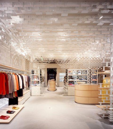 Shang Xia, la marque chinoise d'Hermès, débarque à Paris