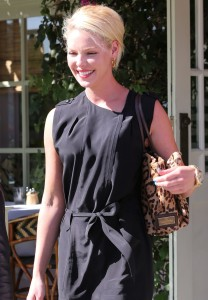 katherine heigl goes to lunch with her mom