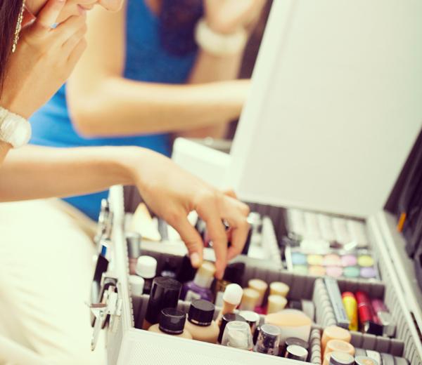 Les dix indispensables de ma trousse de maquillage