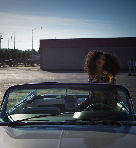 Bonjour, je m'appelle Solange Knowles et je suis parfaite (bis)
