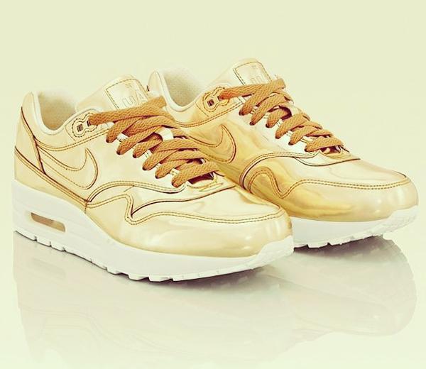 goldennike