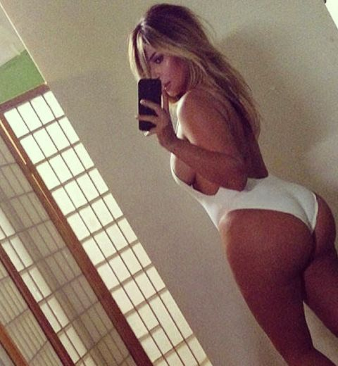 Kim Kardashian dénudée sur Instagram