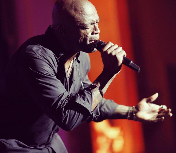 Le chanteur Seal en concert
