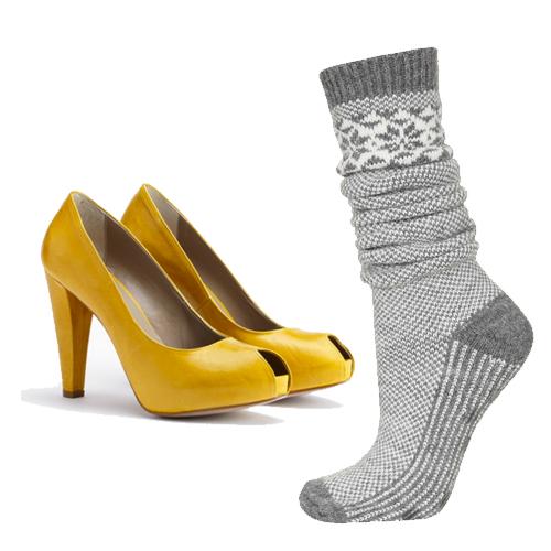 Chaussures Noë, 130€ sur Famousbox.com et chaussettes Topshop, 13€