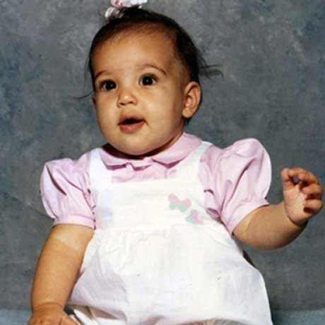 Celebrity-Baby-Pictures-Kim-Kardashian