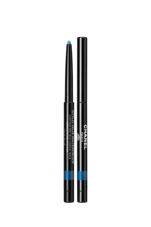 Stylo Yeux Waterproof True Blue, Chanel, 23,50€ en parfumerie.