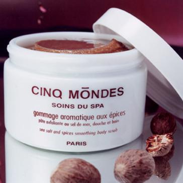 Gommage Aromatique aux Épices, Cinq Mondes – 55,00 €