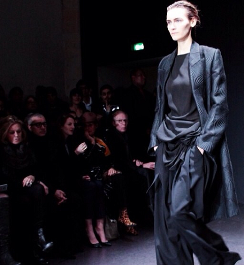 Paris Fashion Week : Ann Demeulemeester, Black is the new Black