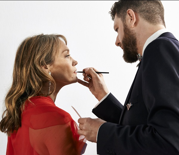 """Mathieu de Mayer maquille Marianne Basler (""""Yves Saint-Laurent"""") Backstage Dior © Imagellan/Laure Geerts. Make-up/Grooming by Dior - Hair by L'Oréal Professionnel"""