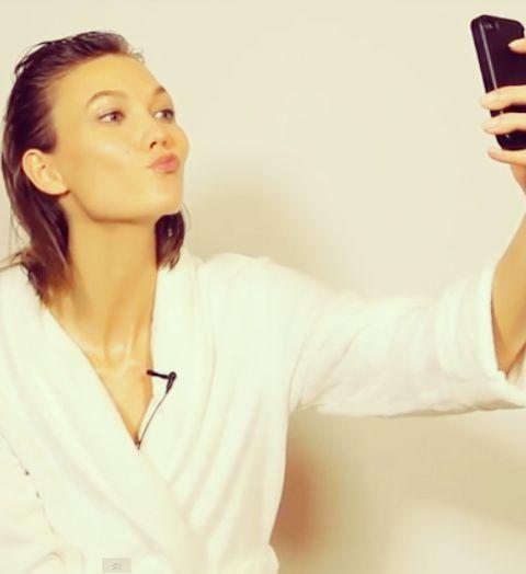 Canon sur un selfie: les astuces des mannequins