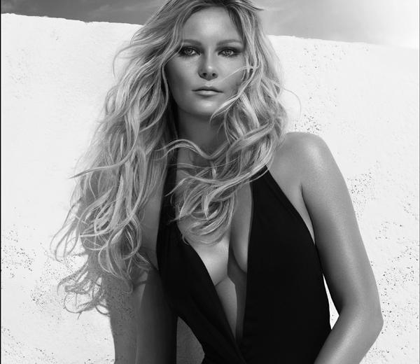 Kirsten_Dunst_Beach_Waves