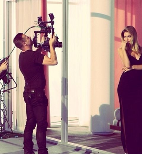 Doutzen Kroes égérie pour Calvin Klein