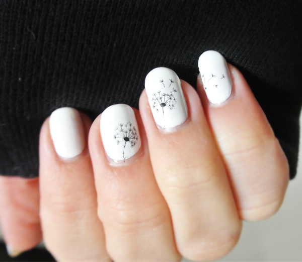 img-nails-tattoos-bourjois