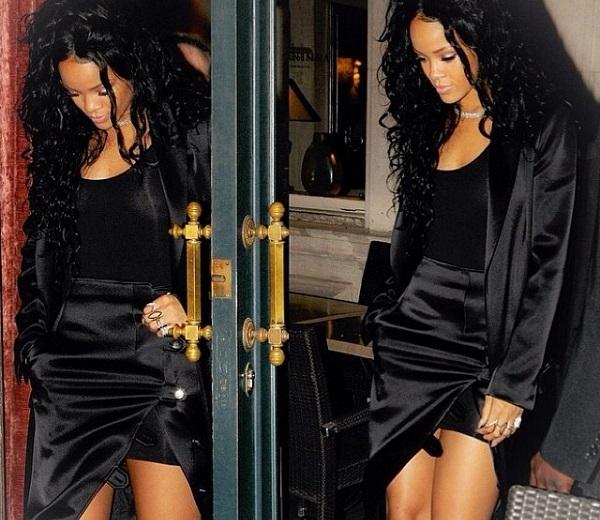 Rihanna vaccarello