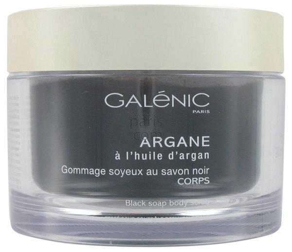 Argane Gommage Soyeux au savon noir, Galénic, 29€ en pharmacie et parapharmacie.