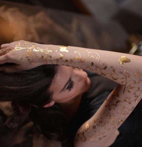 Les tatouages de luxe Gold Sin