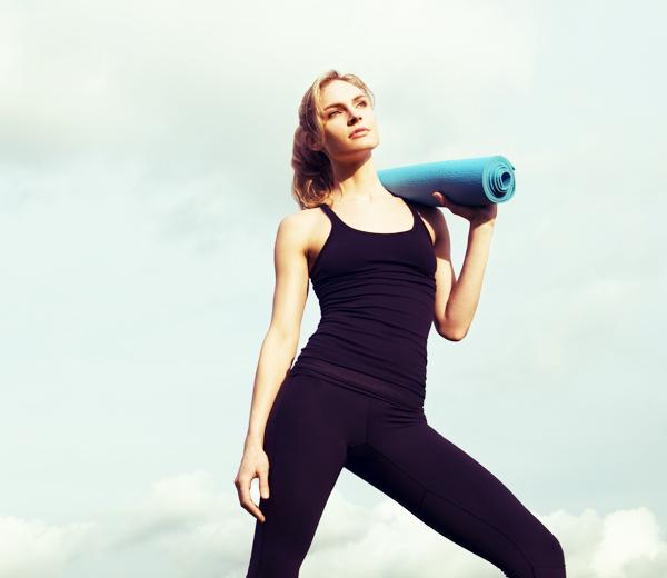 yoga quel exercice efficace pour un ventre plat. Black Bedroom Furniture Sets. Home Design Ideas