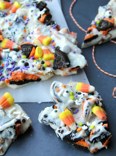 Halloween-Bark-Fun-Halloween-Food-for-Kids-Famiy-Fresh-Meals-