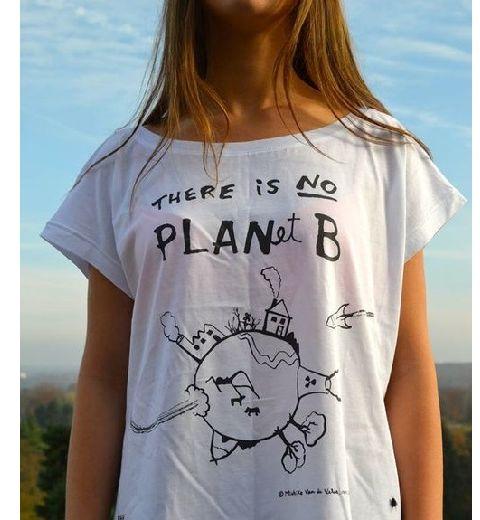 Des collégiens lancent une ligne de tee-shirts bio