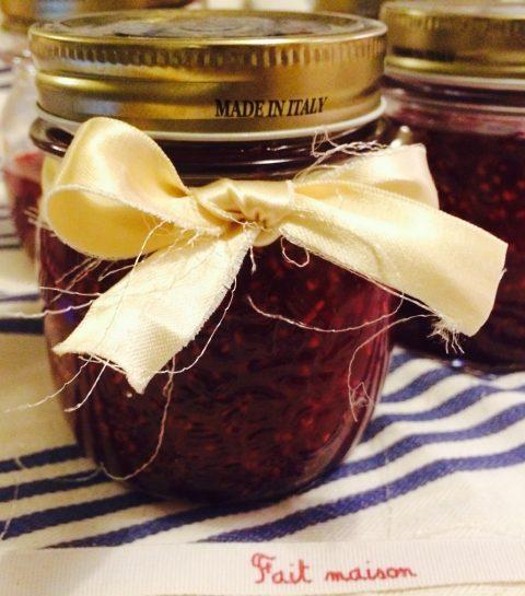 La recette facile de la confiture framboise-violette