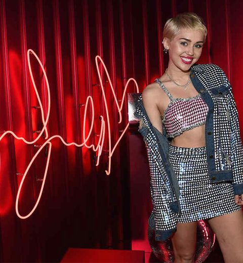 M.A.C lance sa nouvelle collection avec Miley Cyrus