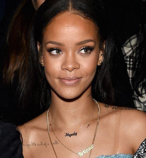 Rihanna et son collier Thea