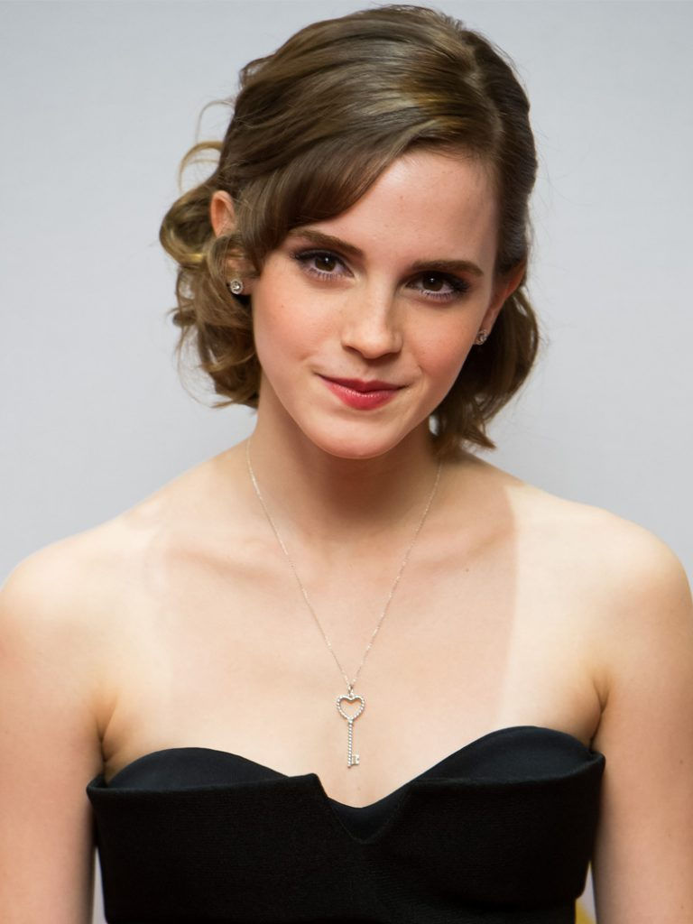 Emma-Watson-le-carre-glamour_exact780x1040_p