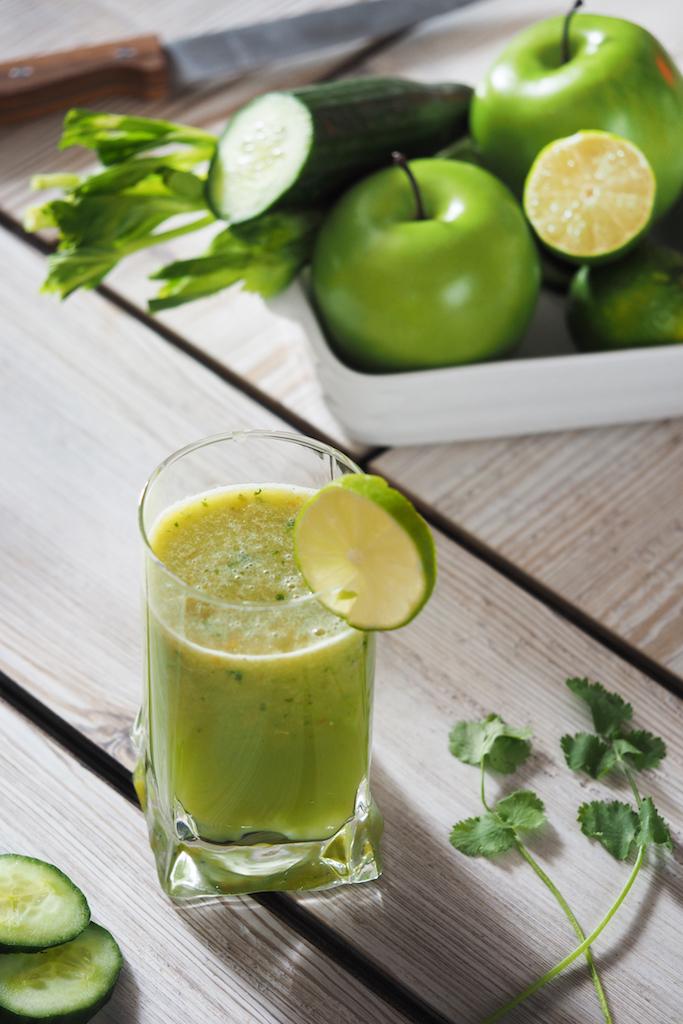 boisson fraîche jus concombre pomme