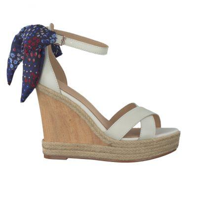 Les sandales Tommy Hilfiger, 119,95 €