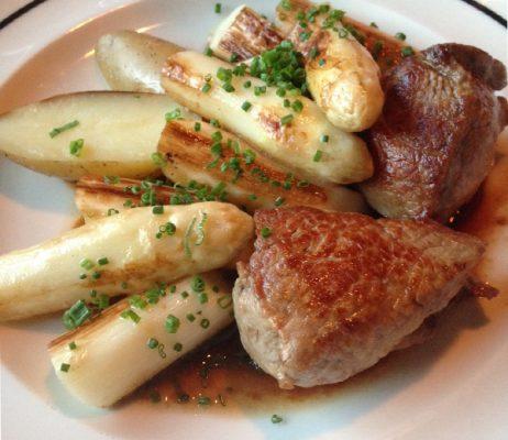 veau-aspegres-ventre-saint-gris