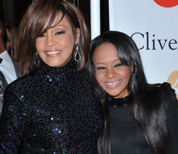 Deces-de-Whitney-Houston-sa-fille-Bobbi-Kristina-seule-heritiere-de-sa-fortune_portrait_w674