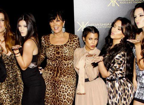 Chirurgie: les Kardashian avant/après
