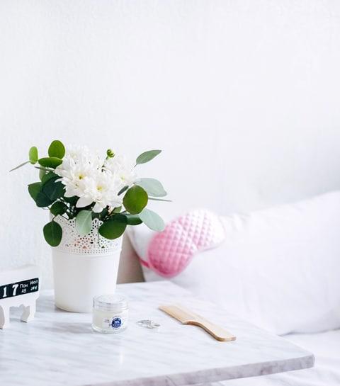 5 raisons de dormir avec une taie d'oreiller en soie