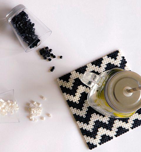 Le DIY du mercredi: les sous-verres en perles à repasser