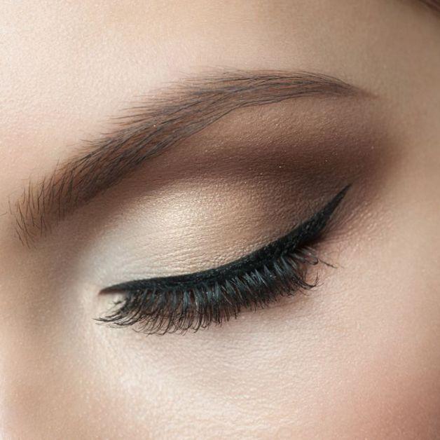 Eye-liner yeux en amande