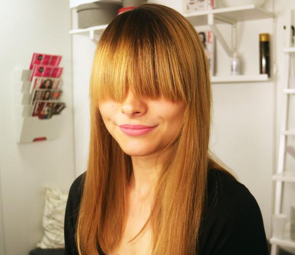 Coiffure pour frange trop longue coiffures modernes et coupes de cheveux populaires en france - Coiffure frange longue ...