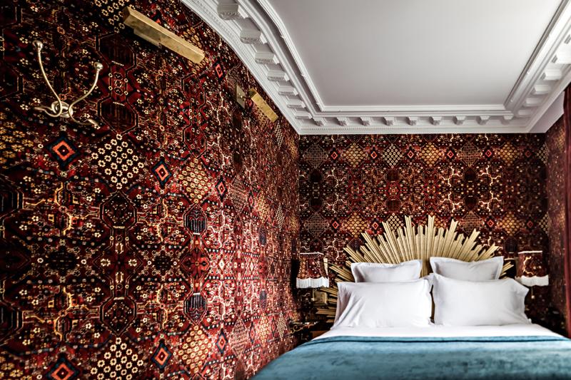 Hotel-Providence—benoit-linero—chambre-rouge-(3)