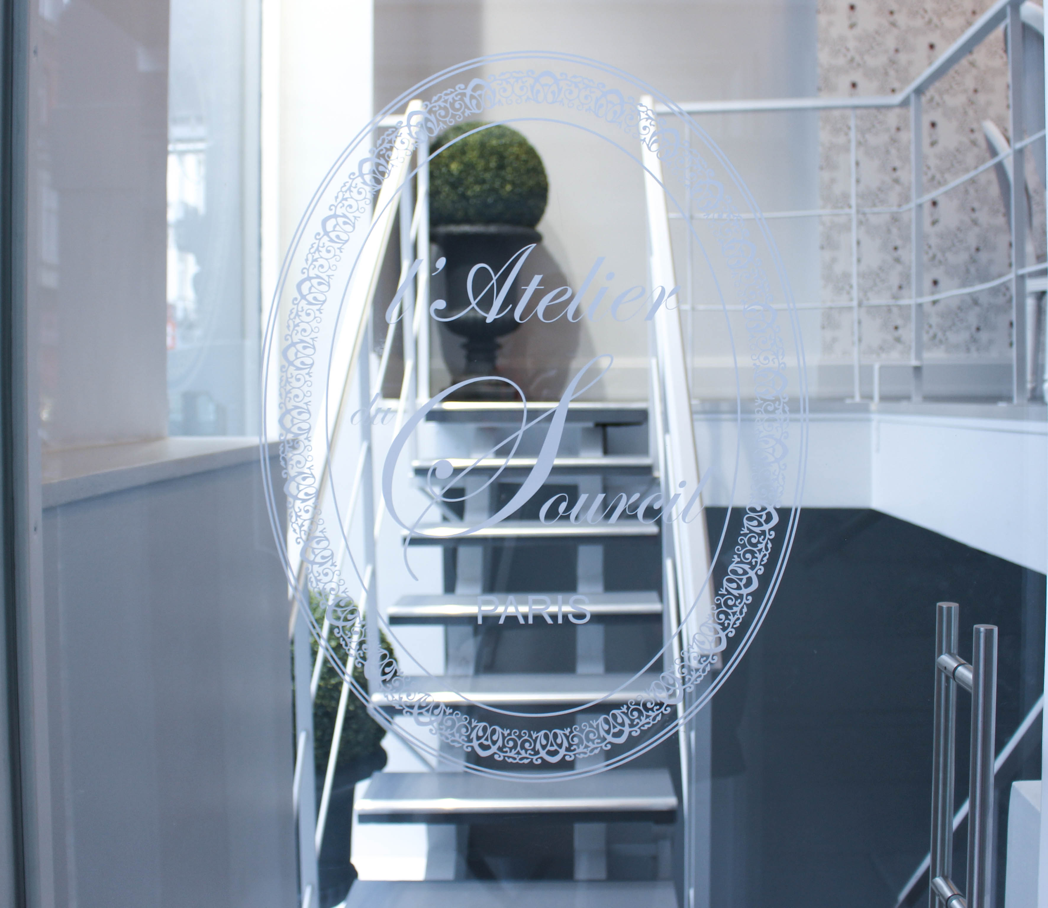 on a test l 39 atelier du sourcil bruxelles. Black Bedroom Furniture Sets. Home Design Ideas