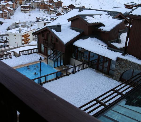 piscine-village-montana-Tignes