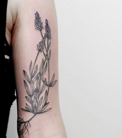 15 tatouages fleuris qui nous font envie