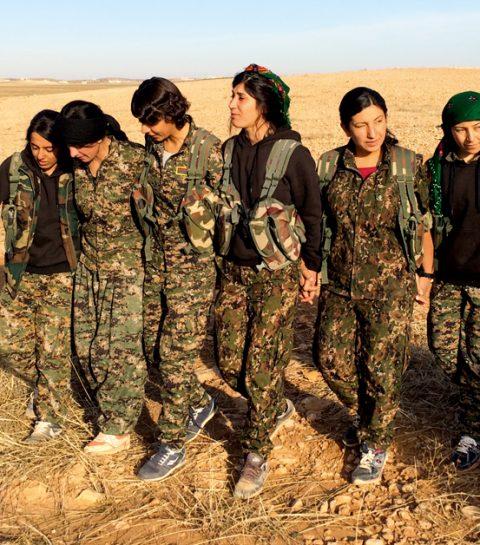 Ces guerrières kurdes qui terrorisent Daech