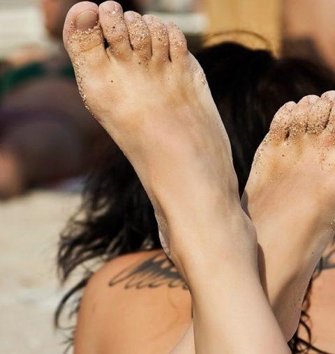 Une crème solaire spéciale pour les tatouages
