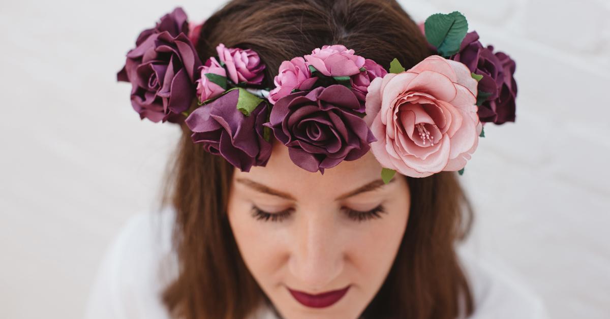 le diy du mercredi la couronne de fleurs pour la mari e. Black Bedroom Furniture Sets. Home Design Ideas