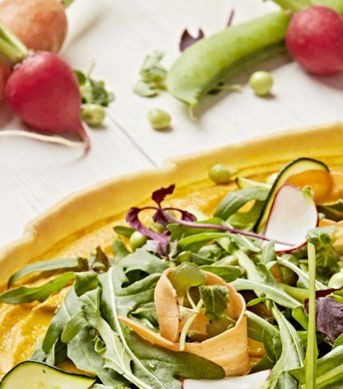 Recette: une tarte aux carottes et légumes croquants sans gluten ni lactose