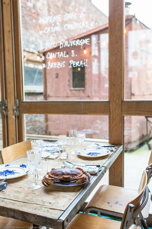 Photo de la table du Crab Club à Bruxelles