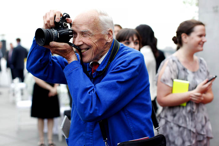 Bill-Cunningham-New-York-Times-Street-Style-Photographer-Dies-at-87-The-Dapifer-8