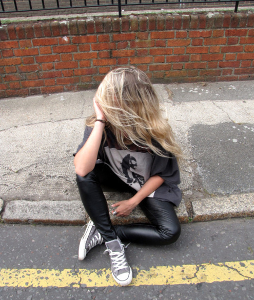 How-to-wear-bandshirt-band-tee-groupie-festivaltrend-1
