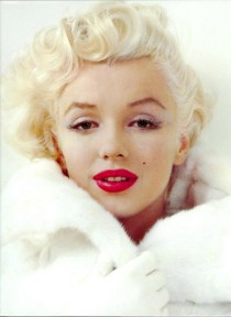 marilyn-monroe-red-lips-5939401-210×288